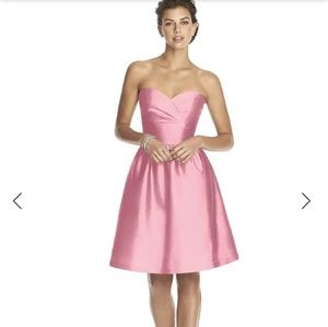 Pink sweetheart neck Alfred Sung bridesmaid dress